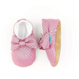 Puhatalpú kiscipő az első lépésekhez – Mályva pöttyös